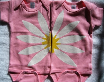 Daisy Flower,Twin Baby Girl Flower Bodysuits,Two Baby Girl Friends Get Together Outfits,Long or Short Sleeve,Twin Girl Baby Shower