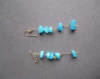 Blue Stone Linked With Golden Wire Earrings  ./. Dainty Earrings ./. Swedish Design ./. Lagoon Blue Dangles . Earrings With Irregular Stones