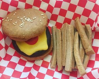 Cheeseburger and Fries Dog Treat Basket - Carob Peanut Butter - Sesame Seeds - for large dogs - burger & fries - Fast Food - french fries