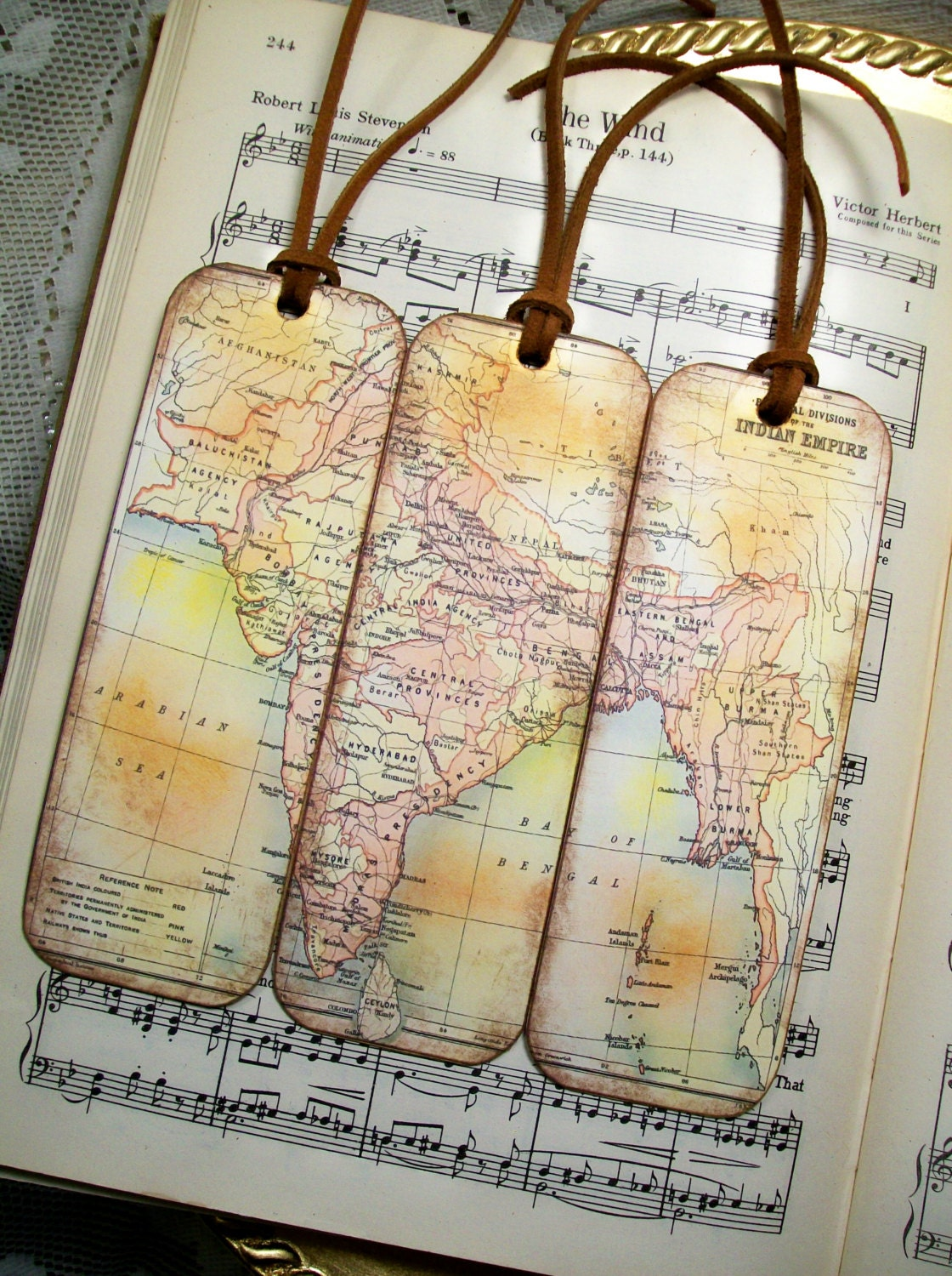 British Indian Empire Circa 1909 Gifts for Men Historical Map Bookmarks,  Gifts for Him Set of 3 Old World Map Bookmarks for Men