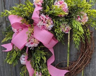 Spring Wreath, Spring Pink Wreath, Light Pink Geranium Wreath, Burlap or Pink Ribbon, Front Door Wreath