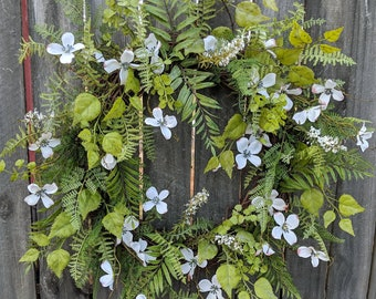 Spring Dogwood Wreath, White Floral Spring Wreath, Mother's day gift, Door Wreath, Front Door Wreath