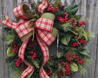 Christmas Wreath, Primitive Winter Wreath, Red and Green Plaid Check Natural  Christmas wreath Magnolia, Red Berries, Christmas Decor