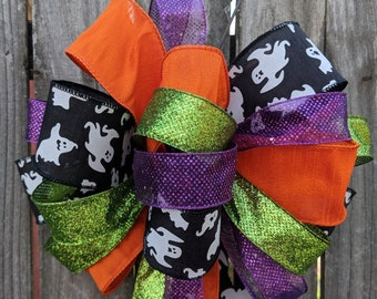 Halloween Ghost Bow, Fun Halloween Wreath Bow, Lots of Ribbons / Tails, Sparkly Purple Green, Black and White Ghosts