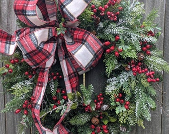 Christmas Wreath, Christmas Door Wreath, Warm Plaid Winter Natural Wreath Christmas wreath Snowy Wreath for Door, Red Berries, Christmas