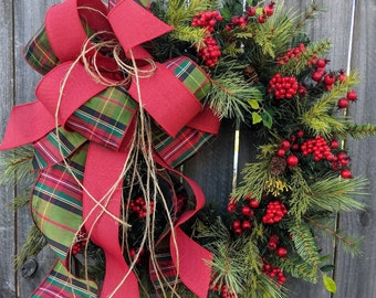 Christmas Wreath, Elegant Plaid Christmas Wreath, Natural Wreath Traditional, Twine, Red Berries, Bright Plaid Tartan Linen, Christmas Decor