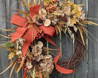 Fall Wreath, Fall Fruit Wreath, Fall Rust and Cream Wreath, Fall Door Wreath, Halloween Harvest Thanksgiving Wreath, Straw, Apples, Berries