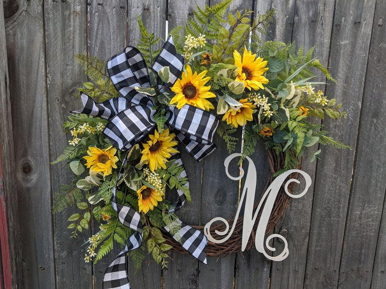 Spring / Summer Wreath Wreath for Spring / Summer Burlap image 0