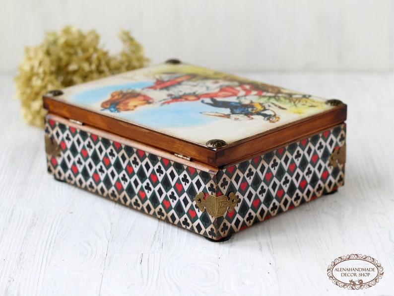Alice in Wonderland The White Rabbit Tea Party Wooden Tea Box