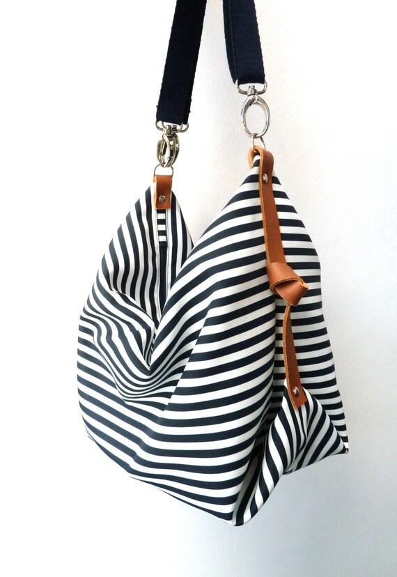Maxi Bag, bolso bandolera Marina Azul Marino & Blanco