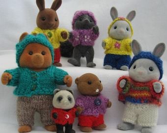"""PDF """"PLAYING"""" Knitting pattern for Sylvanian Families and Calico Critters, easy, for beginner miniature knitter needs 2mm needles"""