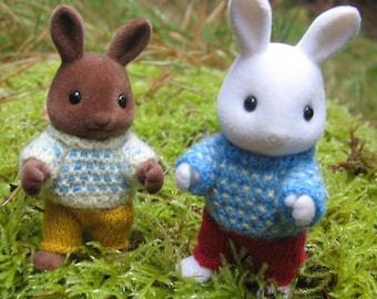 """KIT """"SPOTTY JUMPERS"""" knitting pattern for Sylvanian Families & Calico Critters, mosaic design, easy."""