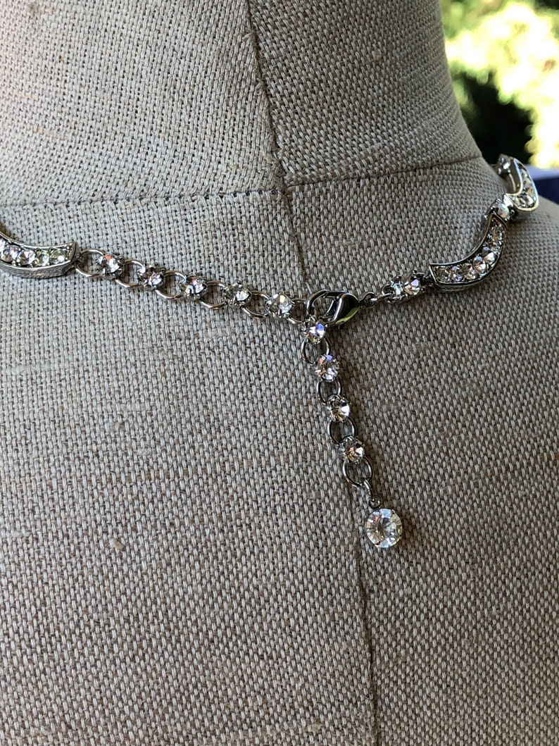 Never Worn BEAUTIFUL Avon Silvertone Scalloped Rhinestone Necklace In The Original Box ~ Vintage Wedding Day Necklace ~ FREE Shipping!