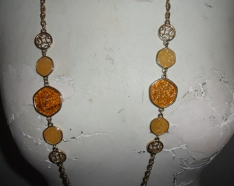 """Authentic Vintage  SIGNED SARAH COV Sarah Coventry Gold Necklace """"Taste Of Honey"""" And Matching Earrings"""