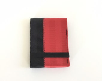 Minimalist credit card wallet with elastic - red and black seatbelt webbing