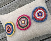 Hand Hooked Pillow - 12 x 16 inch Three Primitive Circles Two Throw Pillow on Natural Linen