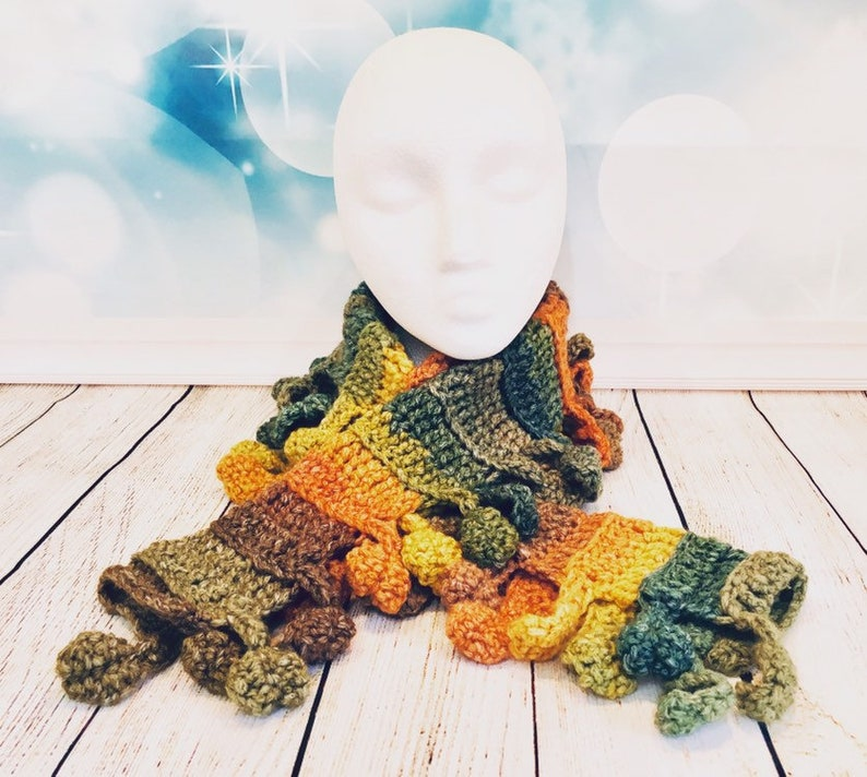 Autumn-Fall-Leaf-Leaves-Crocet-Warm-Wooly-Scarf-Accessories image 0