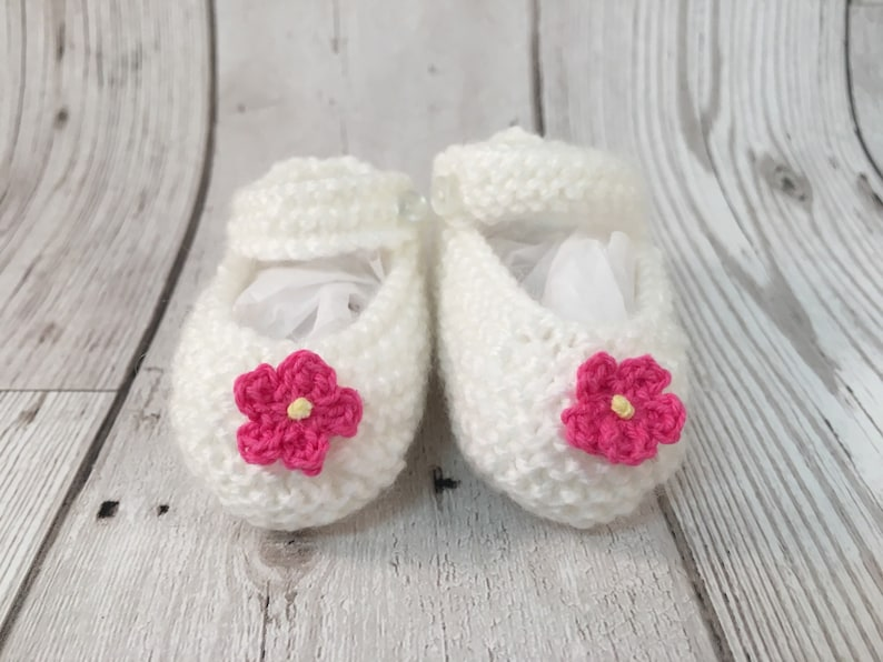 Little Cosy Feet-Hand-Knitted-Baby-Booties-New image 0