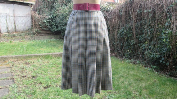 Pleated Wool Skirt / Woolen Skirt / Skirt Vintage