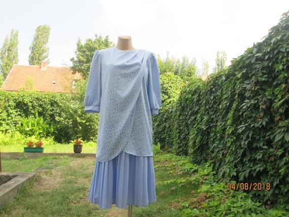Pleated Dress / Pleated Dress Vintage / Size EUR46