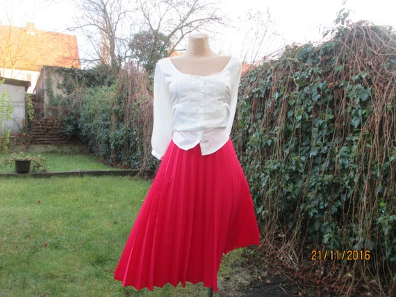 Pleated Skirt / Pleated Skirts / Red Pleated Skirt
