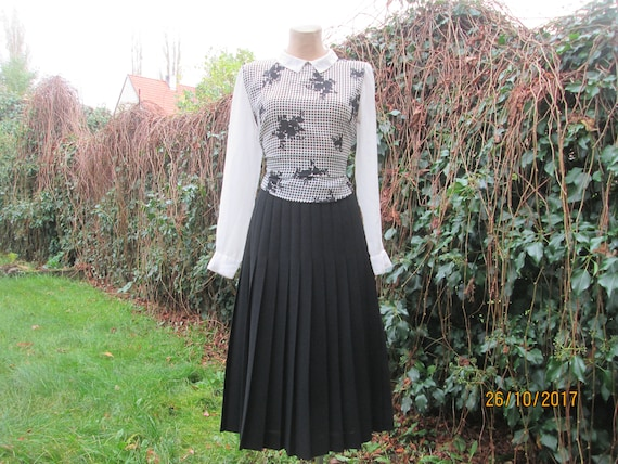Wool Pleated Skirt / Pleated Skirts / with Poly Pl