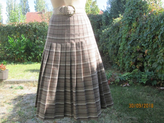 Wool Pleated Skirt / Woolen Pleated Skirt / Polyes