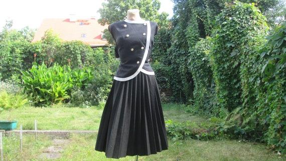 Pleated Skirt / Pleated Skirts / Skirt Vintage / B