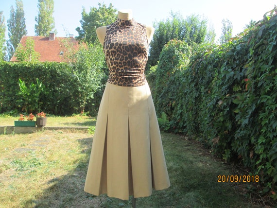 Wool Pleated Skirt / Wool with Poly / Skirt Vintag