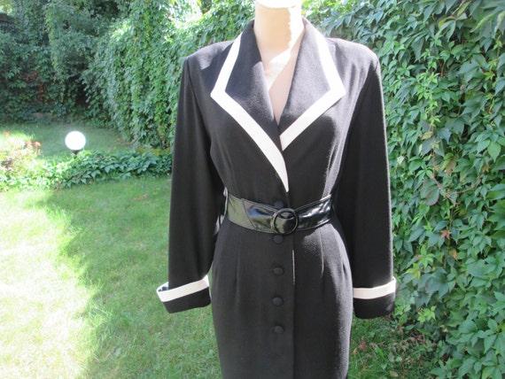 Black Dress / Buttoned Dress / Office Dress / Blac