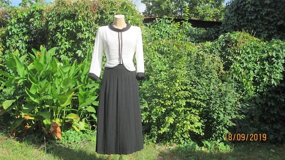 Woolen Skirt / Black Pleated Skirt / Pleated Skirt