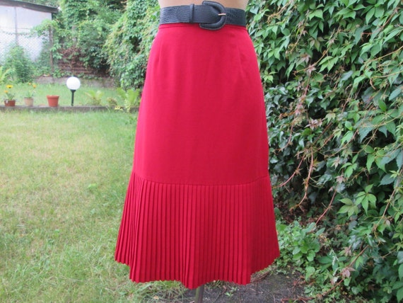Pleated Skirt / Pleated Skirts / Skirt Vintage / R