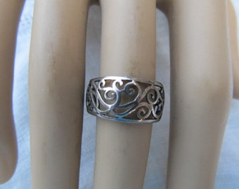 Vintage Sterling Silver Girl's  Ladies Band Ring-Size 6