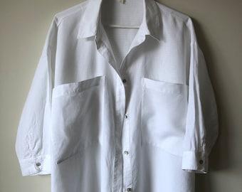 Vintage linen top| Medium white linen shirt vintage white linen shirt Eileen Fisher linen top