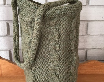 Cable Hand Knit Wool Bag/medium sized shoulder bag/moss green/market tote/round bucket tote/cloth lined