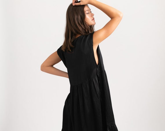 Odelia loos Dress, Black.
