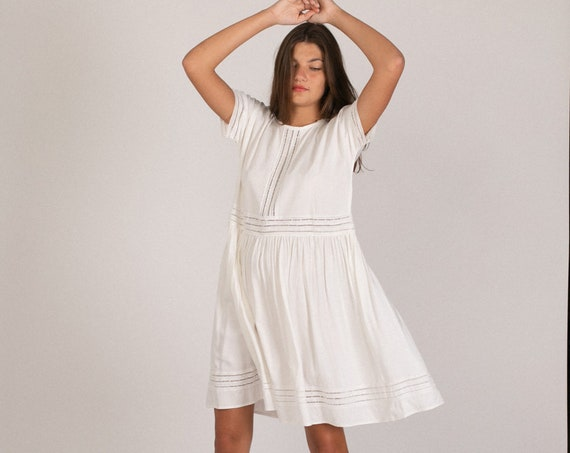 White Midi Eyelet Trim Party Dress.