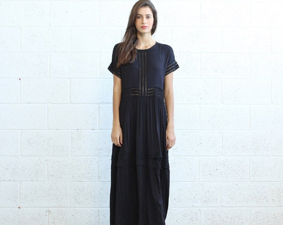 Maxi Party Eyelet Trim Black Dress.