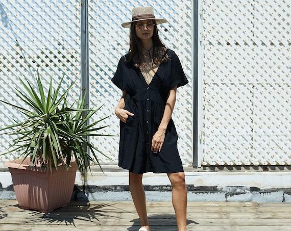 Kimono Sleeve Backless Midi dress.