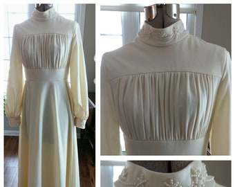 Vintage Wedding Dress - Cream Off-White Polyester - Floor Length Maxi - Long Sleeves - Retro