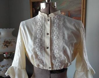 0de9cfc3f7cc9 Vintage Dirndl Blouse Crop Top Boho Lace Bavarian Shirt Trachten  Oktoberfest Hippie Diolen