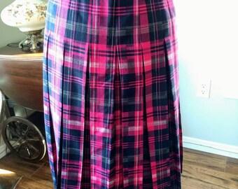 b6b3dc552 Pink Plaid Pleated Skirt Fuschia Kilt Womens Edinburgh Size 10