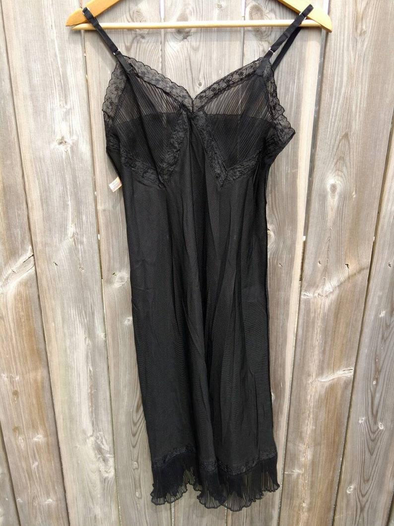 03c95f7b18d01 Retro Vintage Black Dress Slip Pleated Chiffon Lace Size 34 Stanfield's  Nylon Styled by Munsingwear Lingerie