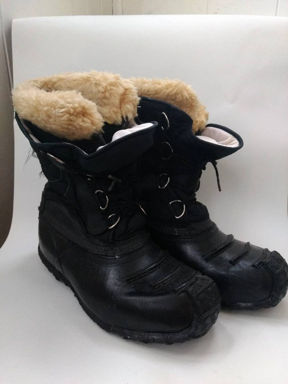 Mens Snow Boots Winter Vintage 1980s Size 8 AS IS Made in  fa98af0915ea