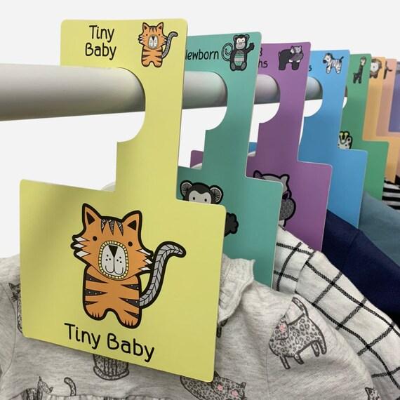 wholesale dealer e9b44 cfe19 Baby Garderobe Teiler   Safari-Design   Baby Kleidung nach Alter anordnen    Packung mit 8 Kleiderbügel