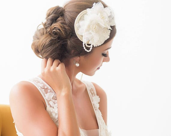 Ivory Flower Hairpiece, Ivory Flower Fascinator, Mini Bridal Hat, Bridal Headpiece, Bridal Hat, Freshwater Pearl, Bridal Hair Comb ESTELLA