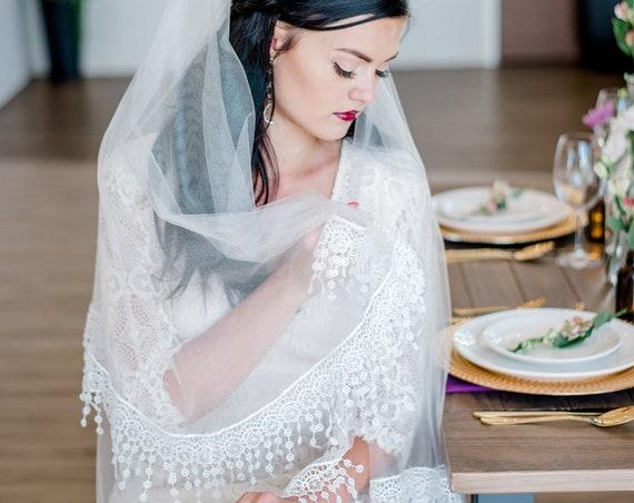 Drop Veil, Hip Length Blusher Veil, Wedding Veil, Lace Trim Veil, Fringe Trim Veil, Boho Veil, Bohemian Veil, Double Layered Veil FAWN
