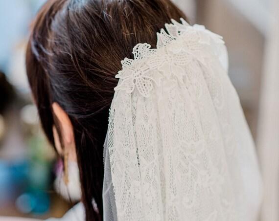 Lace Veil, Ivory Lace Veil, Lace Wedding Veil, Wedding Veil, Ivory Veil, Fringe Trim Veil, Boho Veil, Bohemian Veil, Fringe Veil CASSIDY