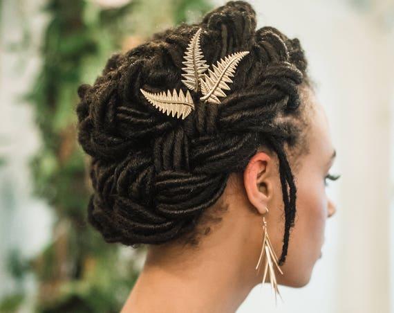 Gold Fern Hair Pins, Fern Hair Clips, Wedding Hair Pins, Gold Leaf Hair pins, Woodland Hair Accessories, Frond Hair pins, Bridal Hair FERN