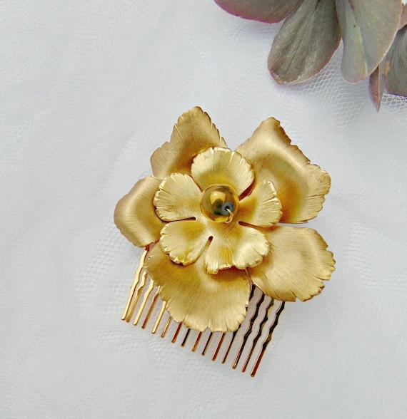 Gold Flower Hair Comb, Gold Flower Hair Piece, Bridal Hair Comb, Flower Hair Comb, Gold Flower Headpiece, Weddimg Hair comb, Haircomb AZALEA